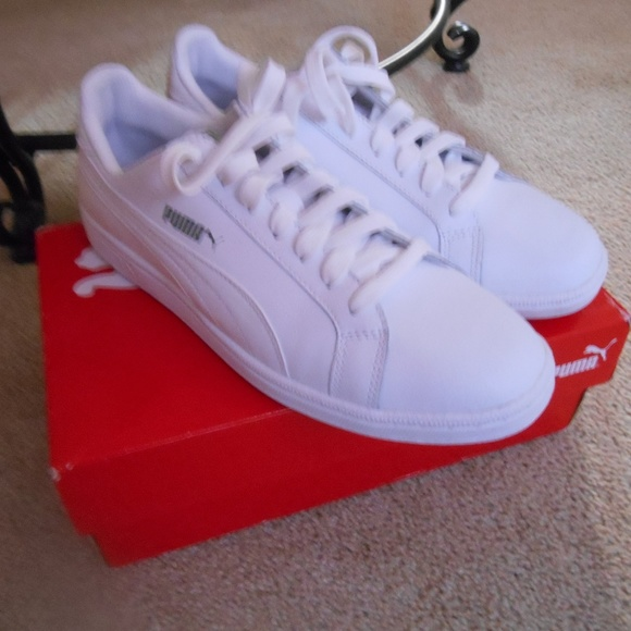db3cdc1913a7 NIB Mens Size 8 Puma Smash L Shoes White